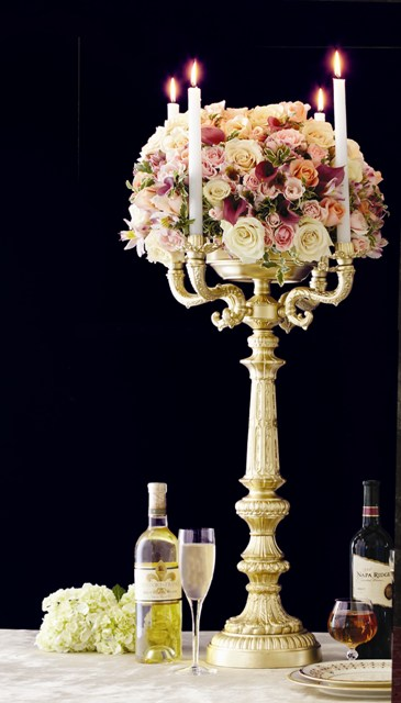 GC 46 BASE: 8 • HEIGHT : 27  Zinc Metal Gold Candelabra