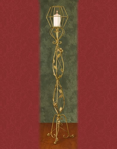 WS 95 BASE:13•HEIGHT:60 Iron Aisle Candelabra 1 Pillar Candle