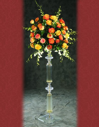 RI 200 BASE:12 •HEIGHT:49 Aisle Stand   Hand cut 24% crystal