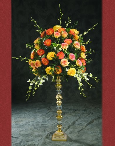 RC 56 RENT BASE:7•HEIGHT:31 Crystal Gold Flower Holder