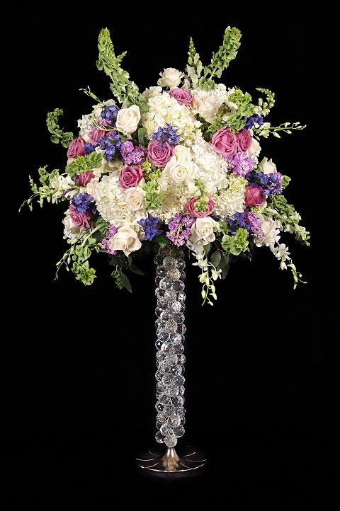 NIC400 31.5&#39 Tall centerpiece wrapped with crystals